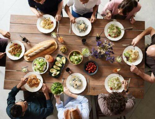 Cenas, comes o desayunas en familia?